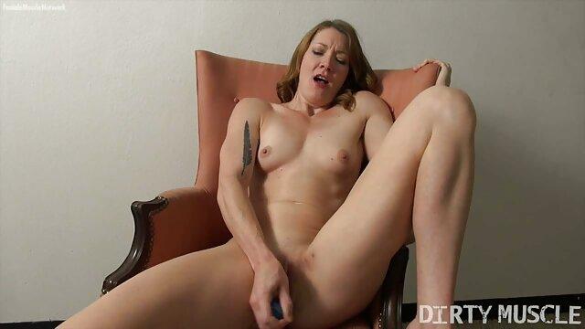 Plantureuse Jenny sautant le lit video porno gratuite en streaming
