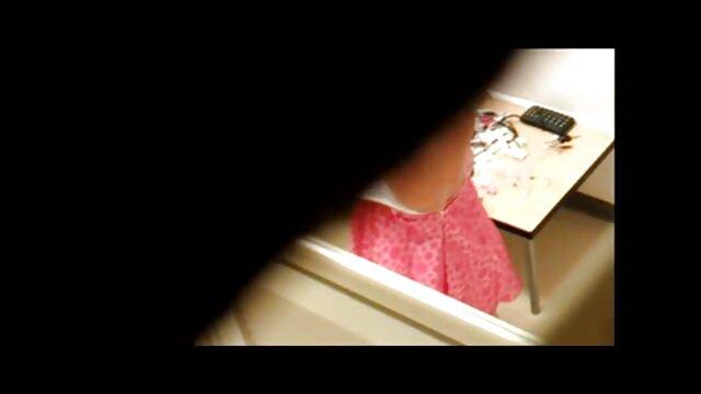 La superbe brune Paige Ashley video x gratuite brigitte lahaie se fait crémer son joli visage